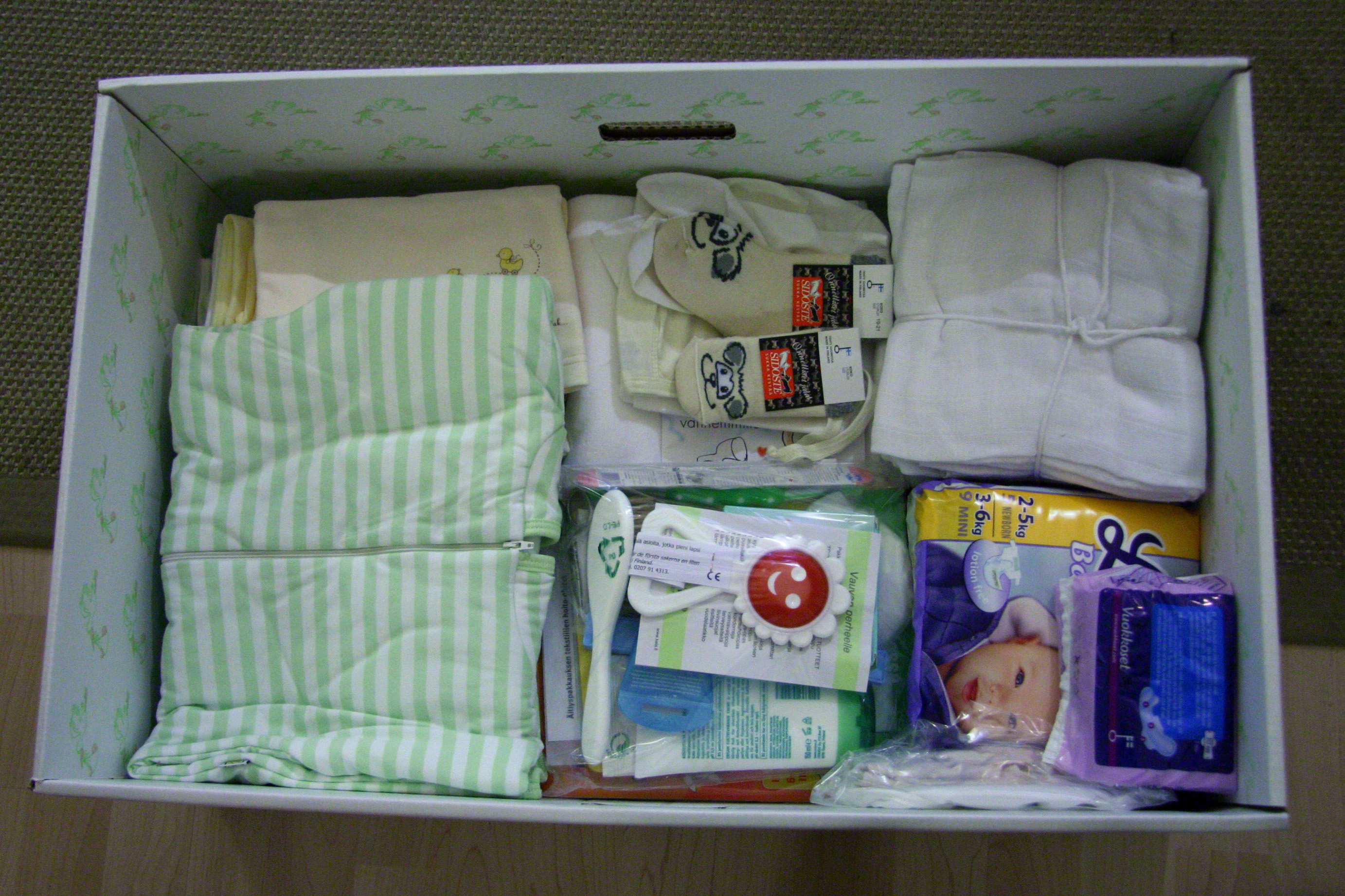 finland newborn baby boxes