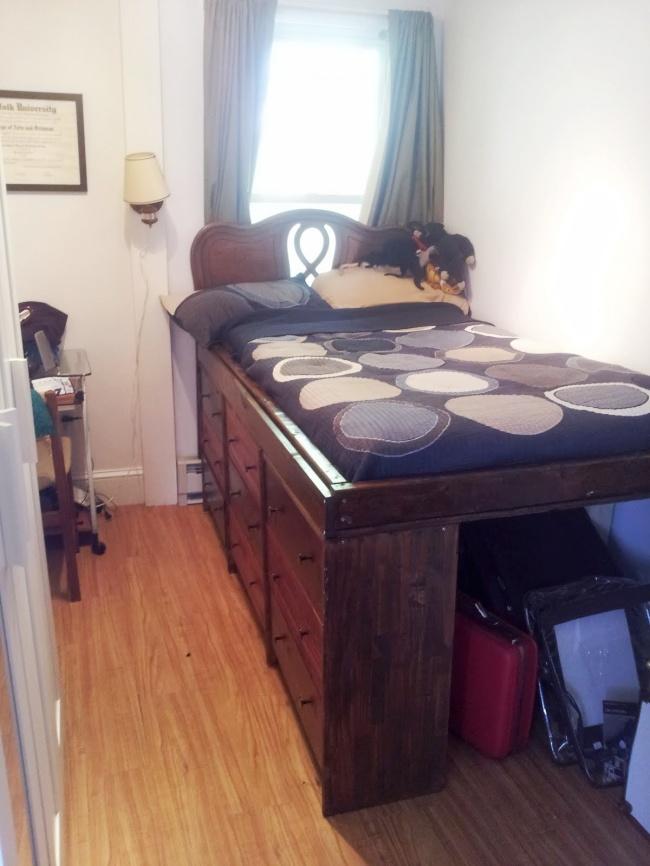 Apartment Bedroom Organization