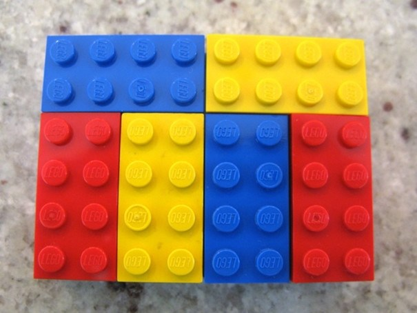 teacher uses lego in teaching