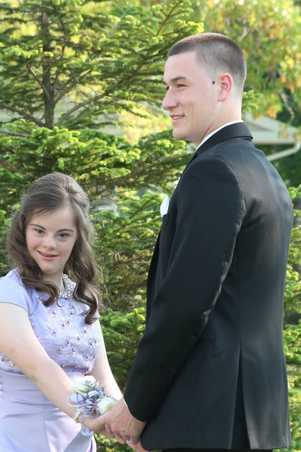 teen takes down syndrome to prom