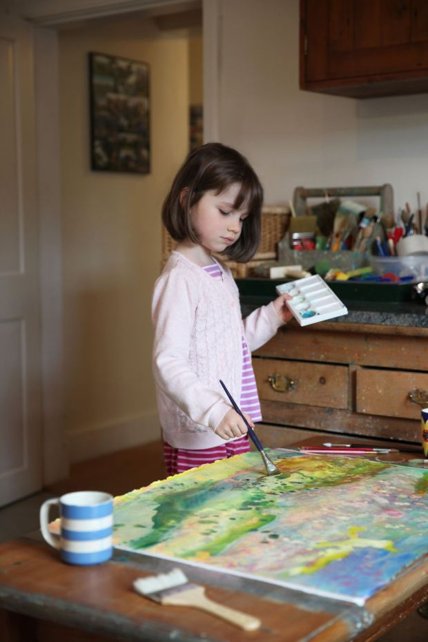 girl with autism sells arts