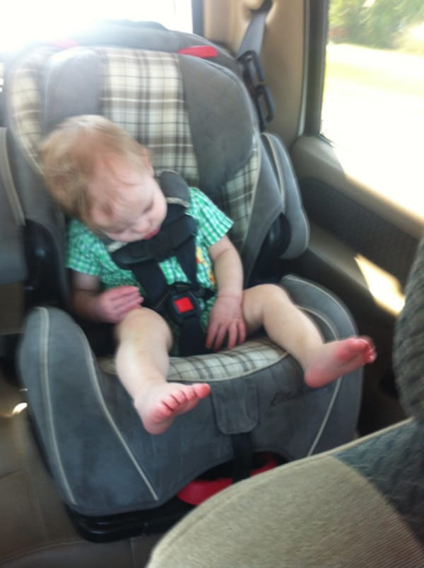 infant car seat danger 2