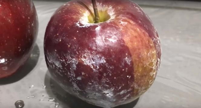 wax on apples