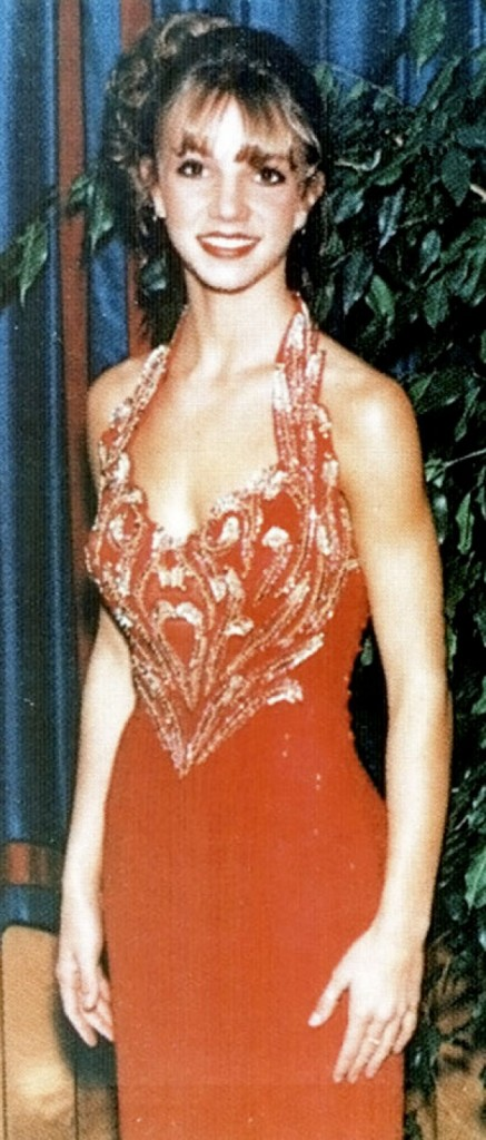 celebrity people on their prom night 14