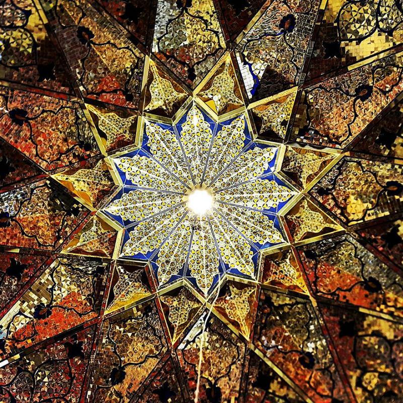 hypnotizing art of mosque's ceiling 12