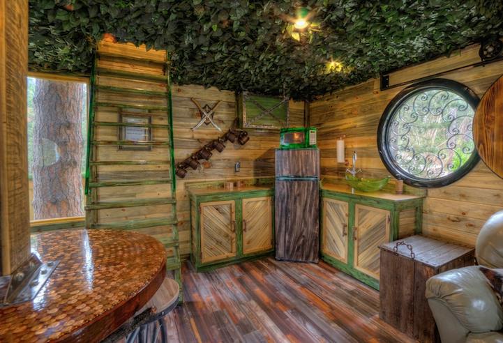 hobbit-themed treehouse 10