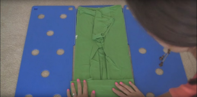 shirt folding technique 5