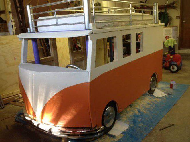 DIY bus bunk bed12