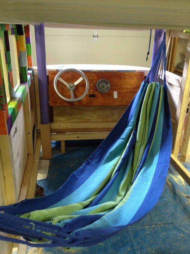 DIY bus bunk bed16