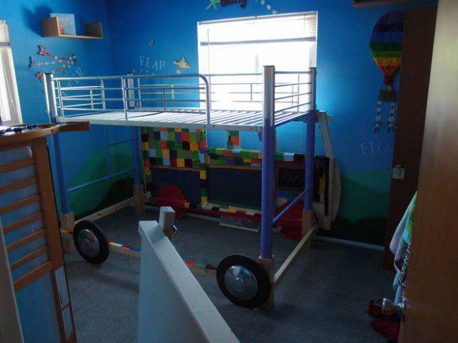 DIY bus bunk bed22
