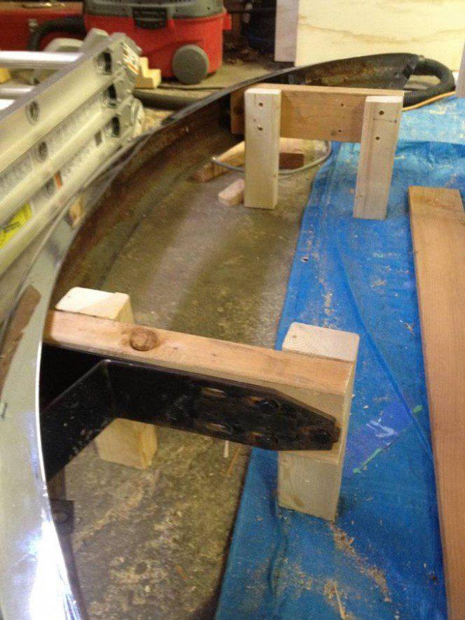 DIY bus bunk bed6