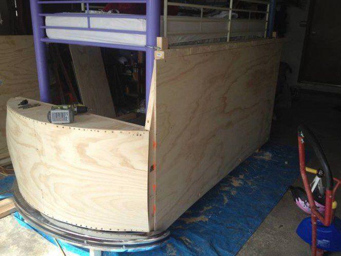 DIY bus bunk bed7