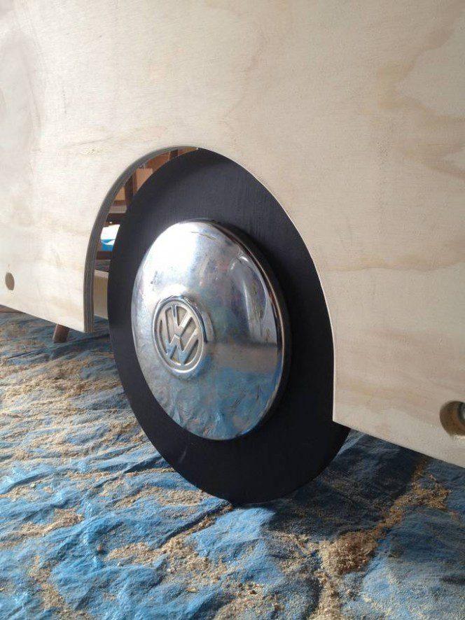 DIY bus bunk bed9