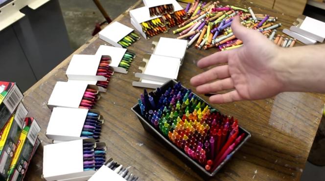 Rainbow crayon vase2