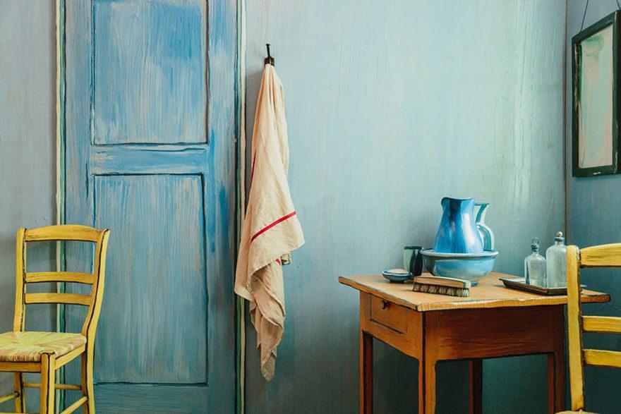 artists recreate Van Gogh's iconic bedroom 3