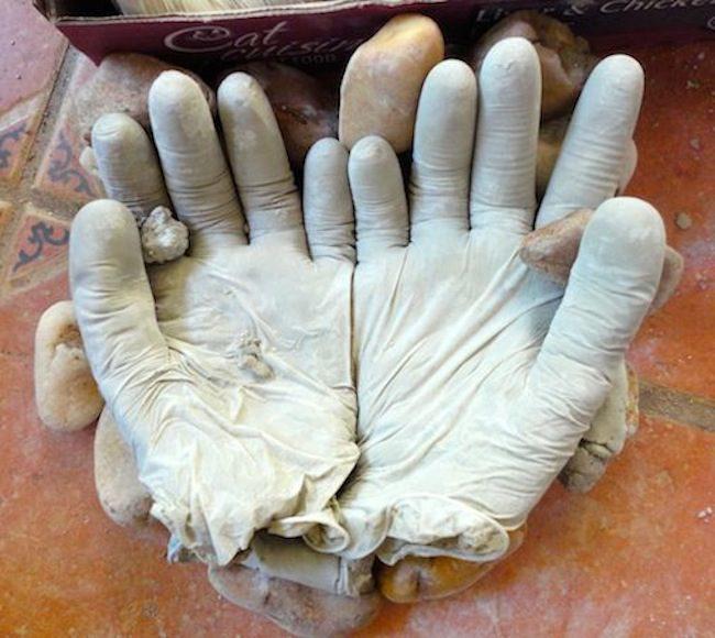 concrete garden gloves5