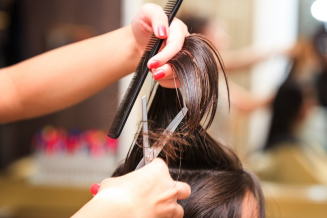 mistakes to avoid in hair care 14
