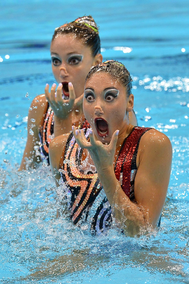 synchronized swimmers' faces 1