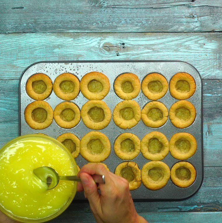 Lemon Meringue Cookie Cups7
