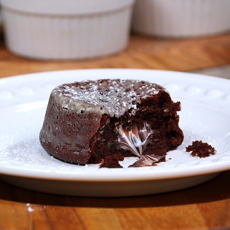 Decadent Oreo Lava Cakes Are The Ideal Dessert For Your Whole Family ...