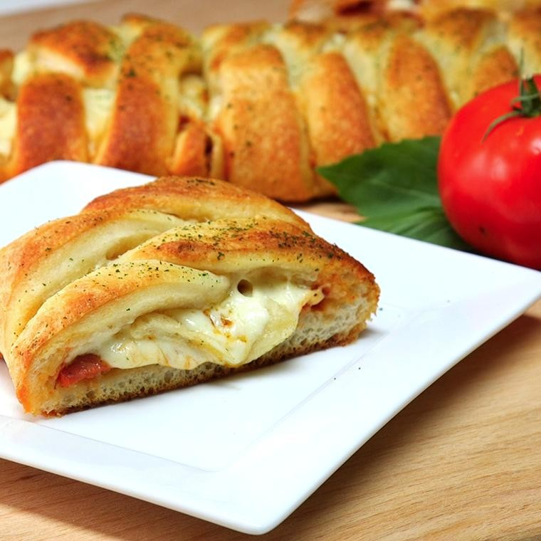 Pizza Braid1