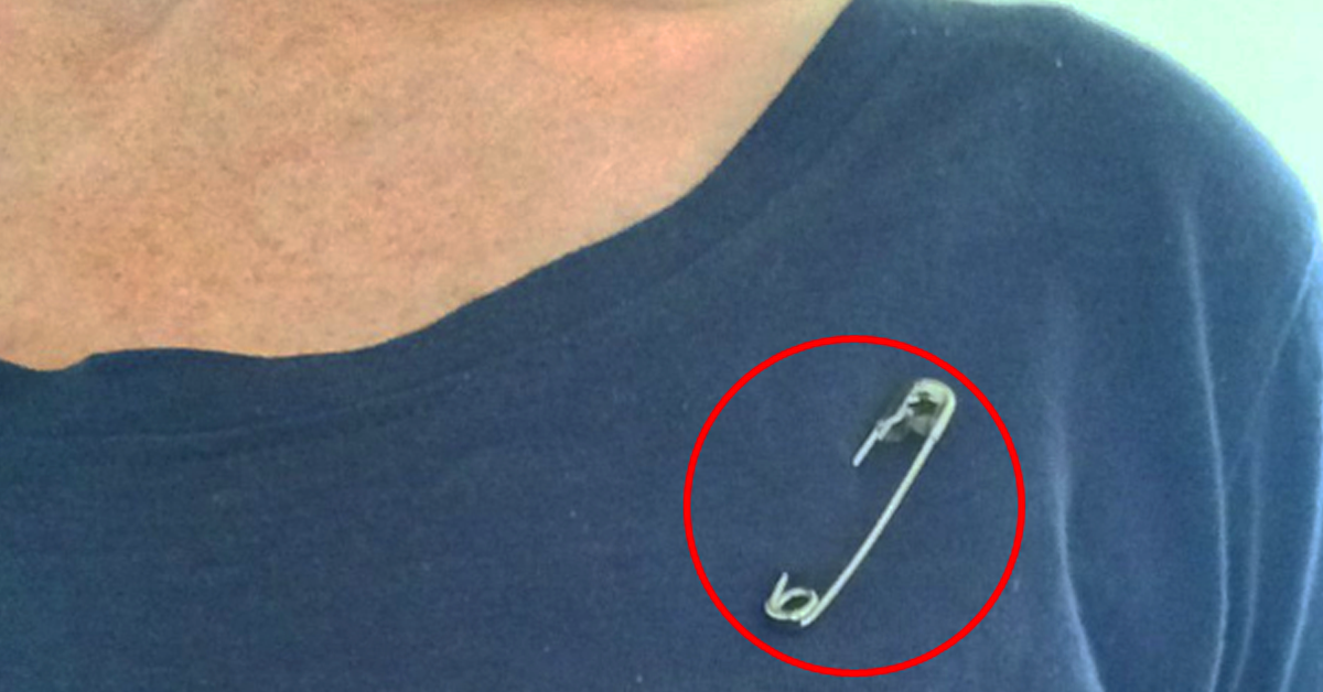 safety-pin-on-shirt1