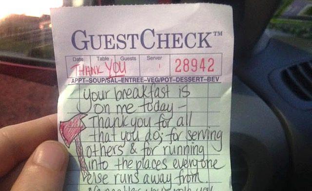 waitress-gets-surprise1