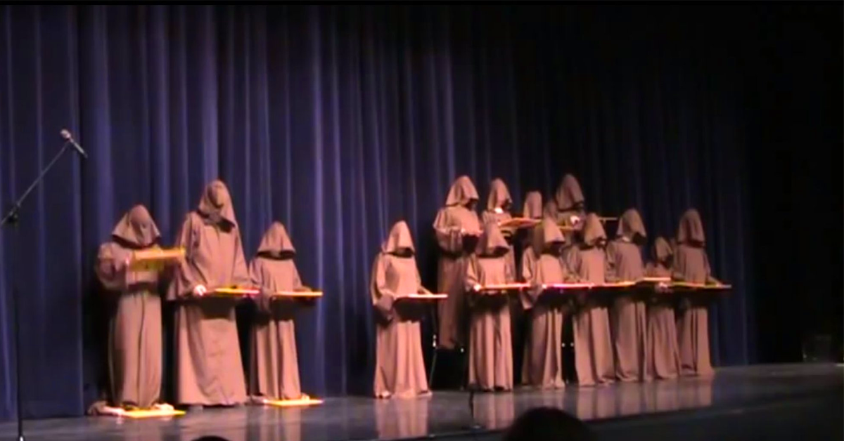 students-perform-hallelujah1