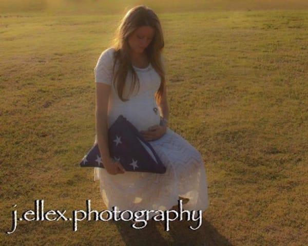 baby lennox maternity photos