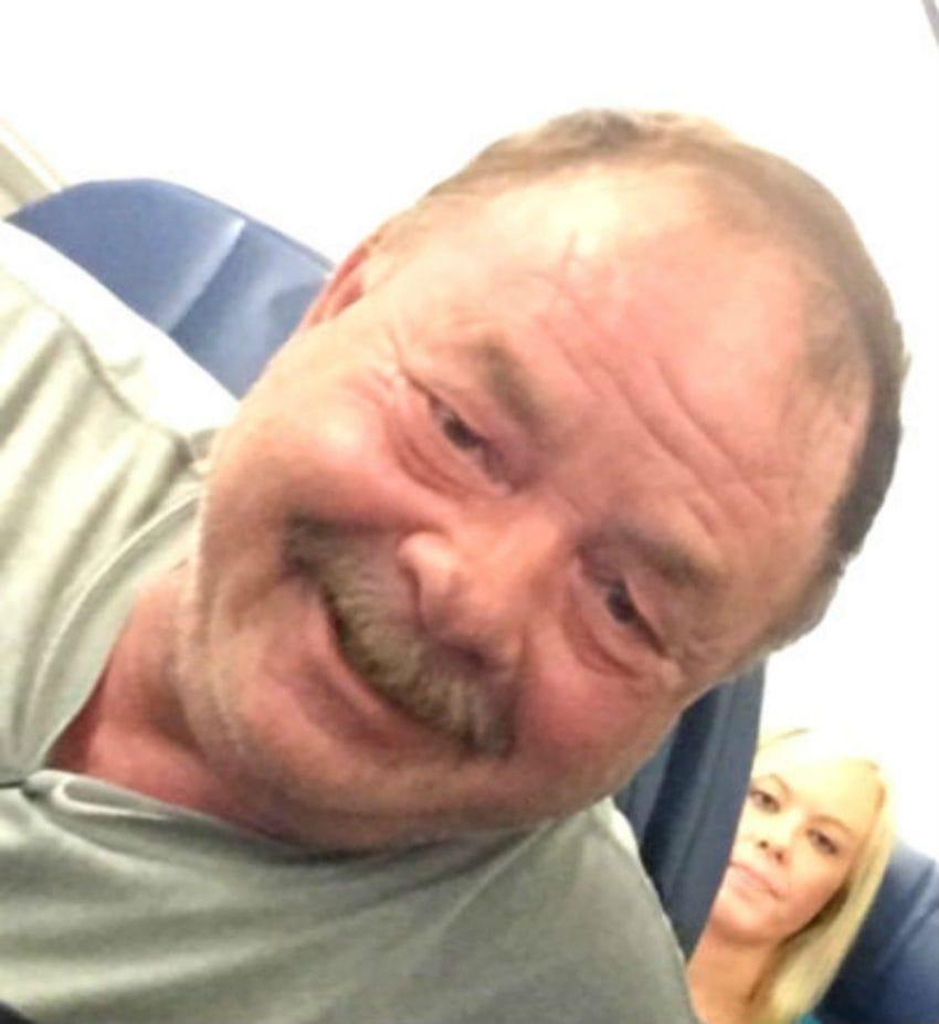 deanna dad nick jonas plane selfie